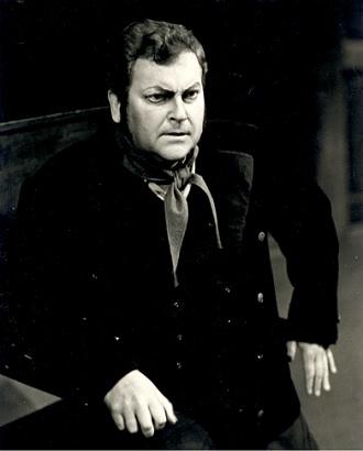 R.Wagner: Blúdiaci Holanďan - František Livor (Erik) - SND Bratislava 1984 (foto archív SND)