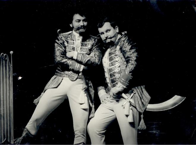 W.A.Mozart: Così fan tutte - Róbert Szucs, František Livora (Ferrando) - SND Bratislava 1971 (foto archív SND)