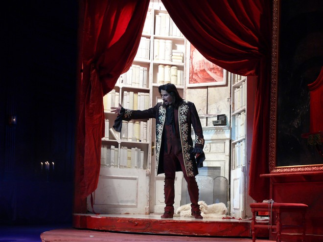 Wolfgang Amadeus Mozart: Don Giovanni, Dalibor Jenis (Figaro) - SND Bratislava (foto Ctibor Bachratý/archiv SND)