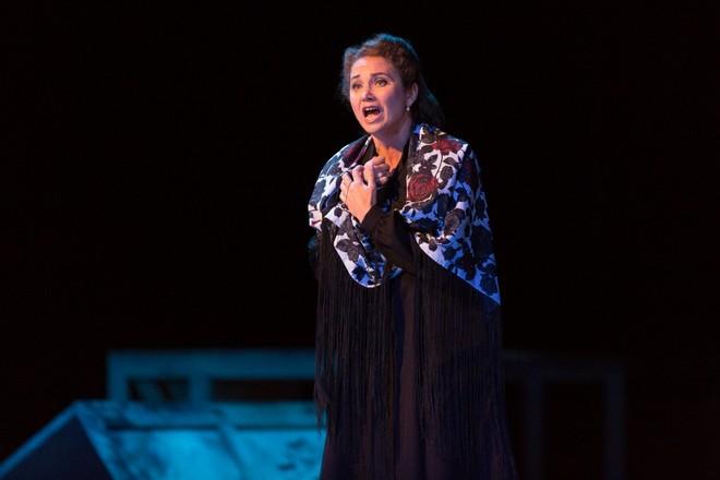 Georges Bizet: Carmen - Pavla Vykopalová (Micaëla) - Smetanova Litomyšl 2016 (foto František Renza)