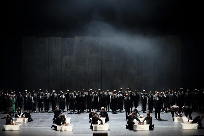 Jacques Fromental Halévy: La Juive - Bayerische Staatsoper Mnichov 2016 (foto Wilfried Hösl)