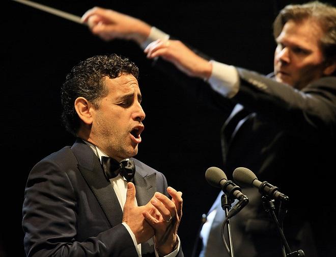 Juan Diego Flórez, dirigent Christopher Franklin - MHF Český Krumlov 2016 (foto Libor Sváček)