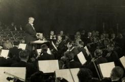 My dirigenti cítíme obecenstvo v zádech
