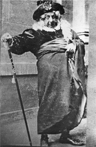 G.Rossini: Lazebník sevillský - Robert Polák ((Doktor Bartolo) - ND Praha 1901 (foto archiv ND Praha)