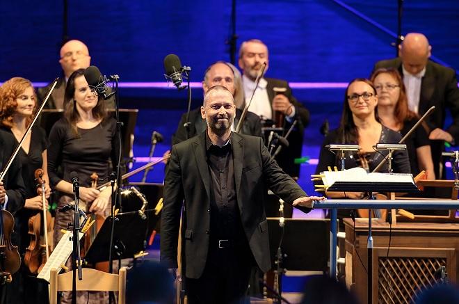 Noc s Mozartem - Vojtěch Spurný, Jihočeská filharmonie - MHF Český Krumlov 2016 (foto Libor Sváček)