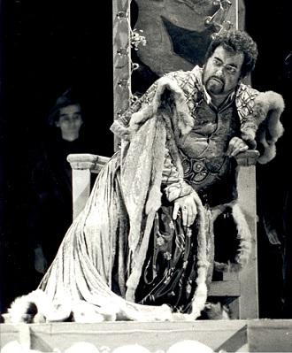 G.Verdi: Otello - František Livora (Otello) - SND Bratislava 1993 (foto archív SND)