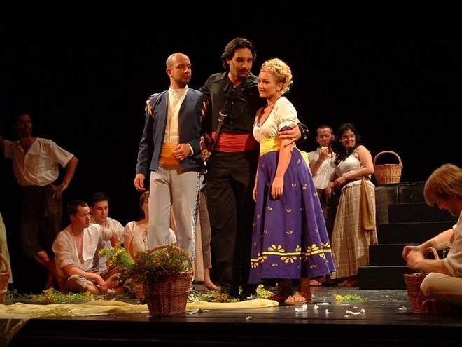 W.A.Mozart: Don Giovanni - Hudební festival Znojmo 2006 (zdroj ebcz.eu)