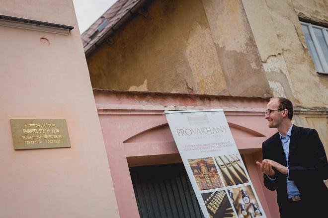 Odhalení pamětní desky Emanuela Štěpána Petra - Pavel Svoboda - 24.7.2016 Opočno (foto Honza Ježdík)