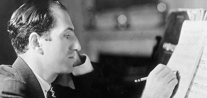George Gershwin komponuje (foto archiv autora)
