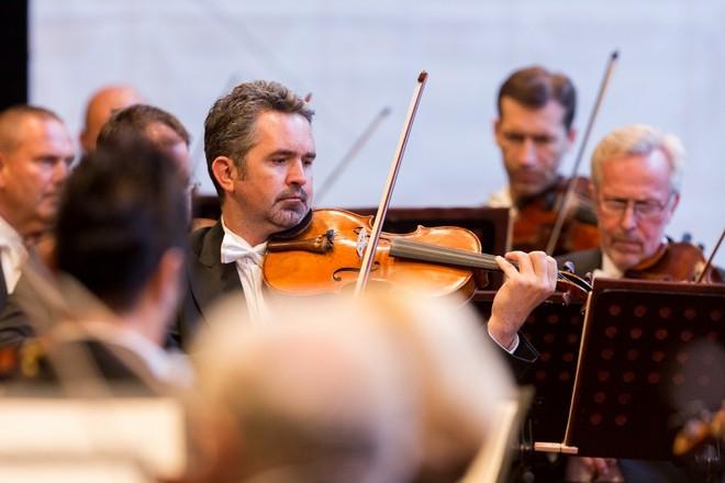 Velké finále - Česká filharmonie - Smetanova Litomyšl 2016 (foto František Renza)