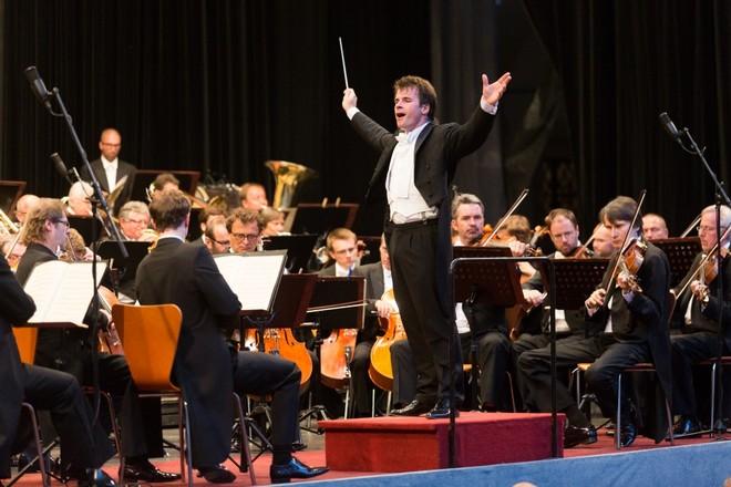 Velké finále - Jakub Hrůša, Česká filharmonie - Smetanova Litomyšl 2016 (foto František Renza)