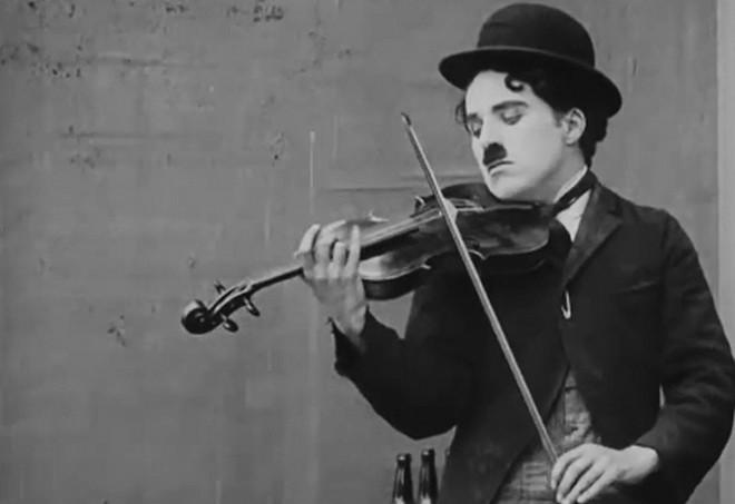 Charlie Chaplin (foto archiv)