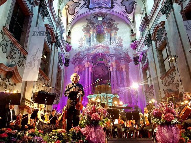 Litoměřické svátky hudby 2016 - Václav Hudeček - Jezuitský kostel Zvěstování Panny Marie Litoměřice 2016 (zdroj FB V. Hudečka/foto Pavel Žur)