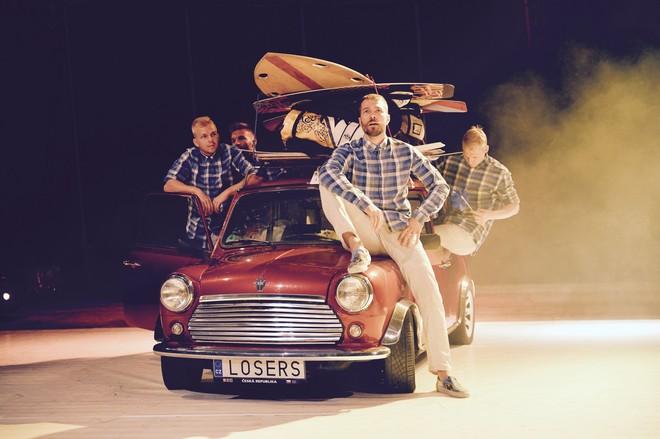 Letní Letná 2016 - Jiří Havelka, Petr Horníček: Beach Boys - Losers Cirque Company (foto © František Ortmann)