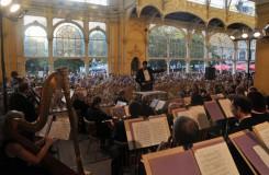 Bez pěti let dvě století. Západočeský symfonický orchestr slaví půlkulatiny