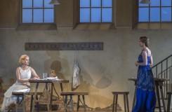 Wolfgang Amadeus Mozart: Le nozze di Figaro - Anna Prohaska (Susanna), Anett Fritsch (La Contessa Almaviva), Anna Prohaska (Susanna) - Salzburger Festspiele 2016 (foto © Salzburger Festspiele/Ruth Walz)