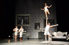 Letní Letná 2016: Cirque Le Roux a plnokrevné divadlo