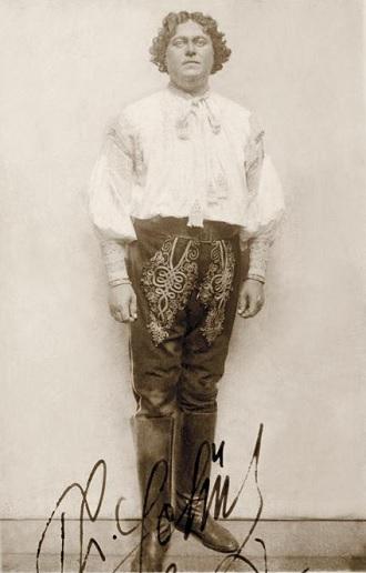 L. Janáček: Její pastorkyňa - Theodor Schütz (Laca Klemeň) - ND Praha 1916 (foto archiv ND Praha)