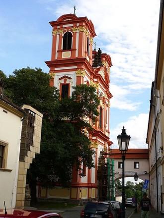 Jezuitský kostel Zvěstování Panny Marie Litoměřice (zdroj commons.wikimedia.org/H2k4)