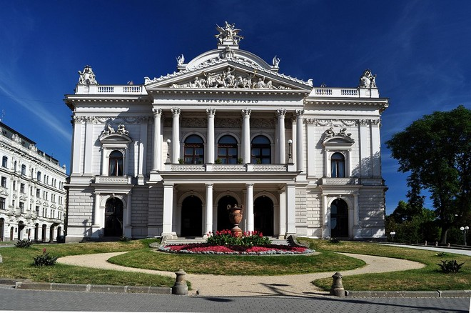 Národní divadlo Brno (zdroj commons.wikimedia.org/Millenium187)