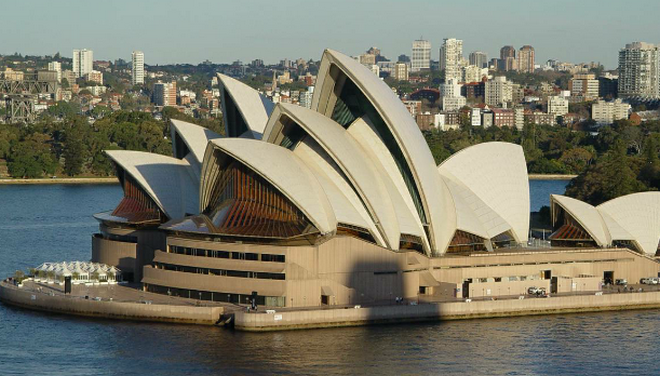 Sydney Opera House (zdroj commons.wikimedia.org/José Gonçalves)