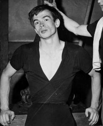 Rudolf Nurejev 1961 (zdroj wikimedia.org)
