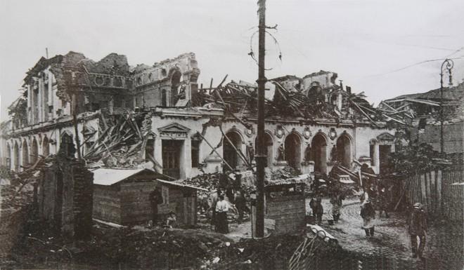 Teatro de la Victoria Valparaíso (1906) - po zemetrasení (zdroj en.wikipedia.org)