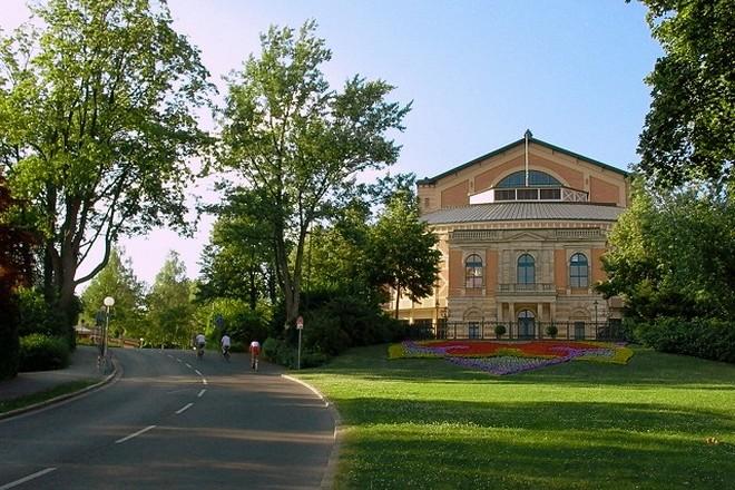 Festspielhaus Bayreuth (zdroj commons.wikimedia.org)