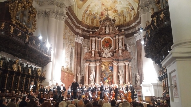 Bruckner Orchester Linz - Dennis Russell Davies - Stiftsbasilika St. Florian 29.9.2016 (foto J.Průša)