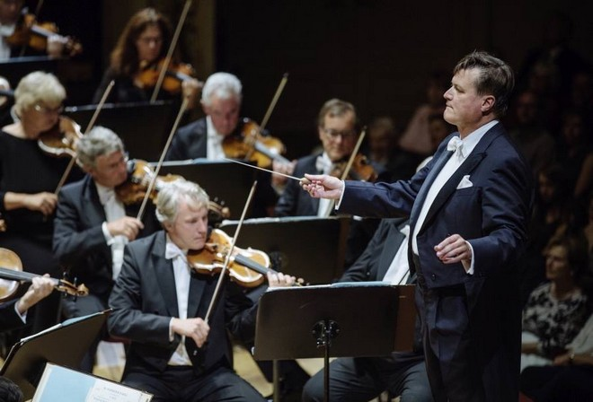 1. Symphoniekonzert - Sächsische Staatskapelle Dresden, Christian Thielemann - Semperoper Drážďany 2016 (foto Oliver Killig/FB Staatskapelle Dresden)