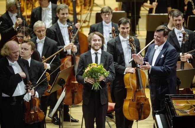 1. Symphoniekonzert - Sächsische Staatskapelle Dresden, Daniil Trifonov, Christian Thielemann - Semperoper Drážďany 2016 (foto Oliver Killig/FB Staatskapelle Dresden)
