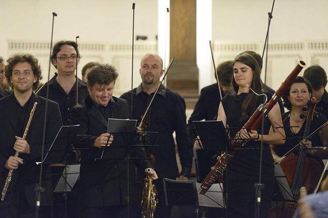 Radek Baborák a jeho přátelé - Radek Baborák, Česká Sinfonietta - Svatováclavský hudební festival 2016 (foto Ivan Korč)