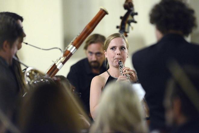 Radek Baborák a jeho přátelé - Sophie Dartigalongue, Česká Sinfonietta - Svatováclavský hudební festival 2016 (foto Ivan Korč)