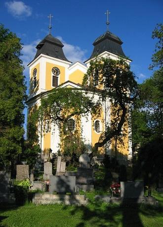 Barokní kostel sv. Maří Magdalény v Deštné (zdroj orlickehory.net)