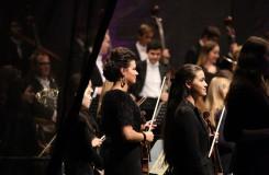 Orchestr mladých českých hráčů z Orchestrální akademie České filharmonie v Kutné Hoře - 27. 9. 2016 (foto Česká filharmonie / René Svoboda)