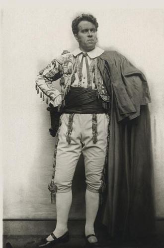 G. Bizet: Carmen - Václav Novák (Escamillo) - ND Praha 1900 (foto archiv ND Praha)