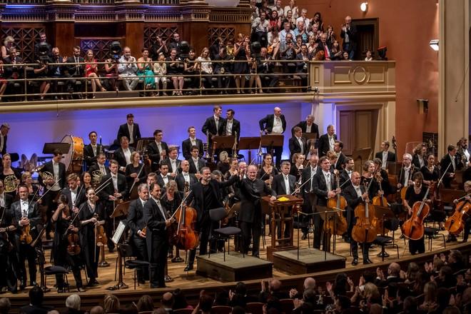 Dvořákova Praha 2016: London Symphony Orchestra, Jiří Bárta, Gianandrea Noseda - Rudoflinum Praha 2016 (foto Martin Divíšek/Dvořákova Praha)