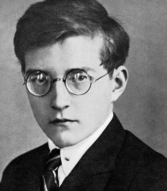 Dmitrij Šostakovič v roce 1925 (zdroj en.wikipedia.org)