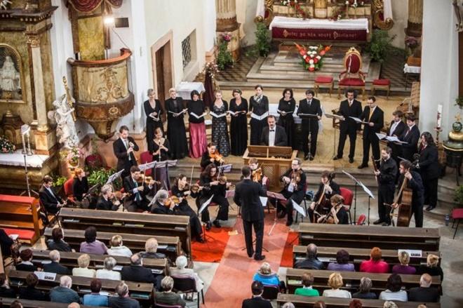 Ensemble Inégal - MHF F. L. Věka 2014 (zdroj mhf-vek.cz)