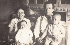 Miroslav Košler s bratrem a rodiči (foto archiv M. Košlera)