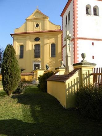 Kostel svatého Václava v Dobrušce (zdroj archiv)