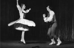 Lašské tance - Hana Ždichyncová, Pavel Ždichynec - Národní divadlo Praha 23. 1. 1970  (foto archiv ND Praha/Jaromír Svoboda)