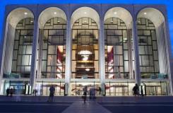 Crescendo přepychu. Newyorská Met má 50 let
