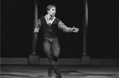 Dlouholetý sólista Baletu ND Pavel Ždichynec slaví pětasedmdesátiny