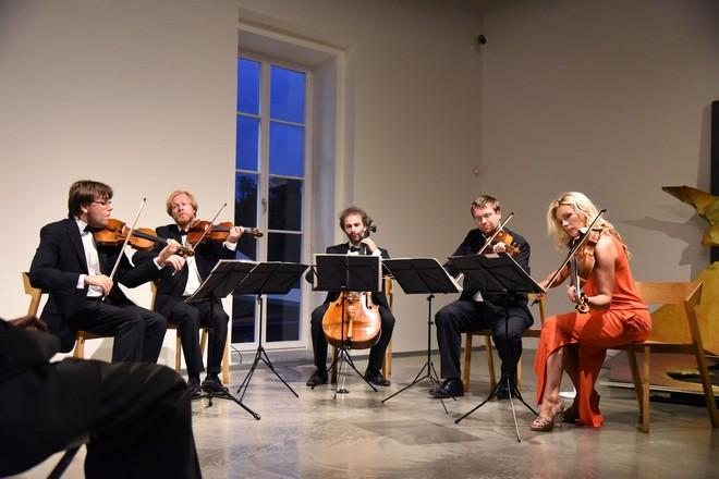Procházky uměním 2016 –Zemlinsky Quartet a Jitka Hosprová – Museum Kampa (zdroj Procházky uměním)