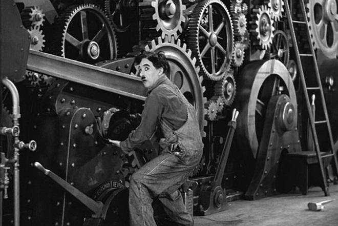 Charlie Chaplin - Modern Times (foto archiv)