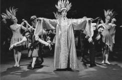 Signorina Gioventu - Pavel Ždichynec (Písař) - Národní divadlo Praha 29. 5. 1968  (foto archiv ND Praha/Jaromír Svoboda)