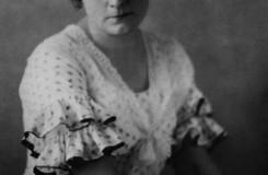 B. Smetana: Tajemství - Ada Nordenová (Blaženka) - ND Praha 1922 (foto archiv ND Praha)