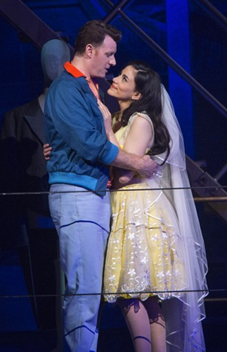 Leonard Bernstein: West Side Story - Norman Reinhardt (Tony), Michelle Veintimilla (Maria II) - Salzburger Pfingstfestspiele 2016 (foto © Salzburger Festspiele/Silvia Lelli)
