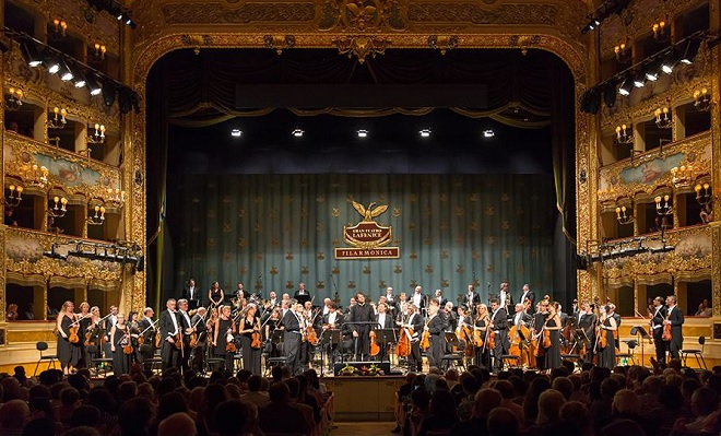 Zahajovací koncert Orchestra Filarmonica della Fenice 2016 - Eivind Gullberg Jensen, Guy Braunstein, Orchestra Filarmonica della Fenice - 12.9.2016 Benátky (foto © Walter Garosi)